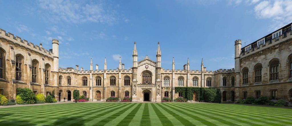 Cambridge Opinie